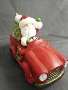 LED Nikolaus mit Baum im Auto (B/T/H) 41x23x31cm
